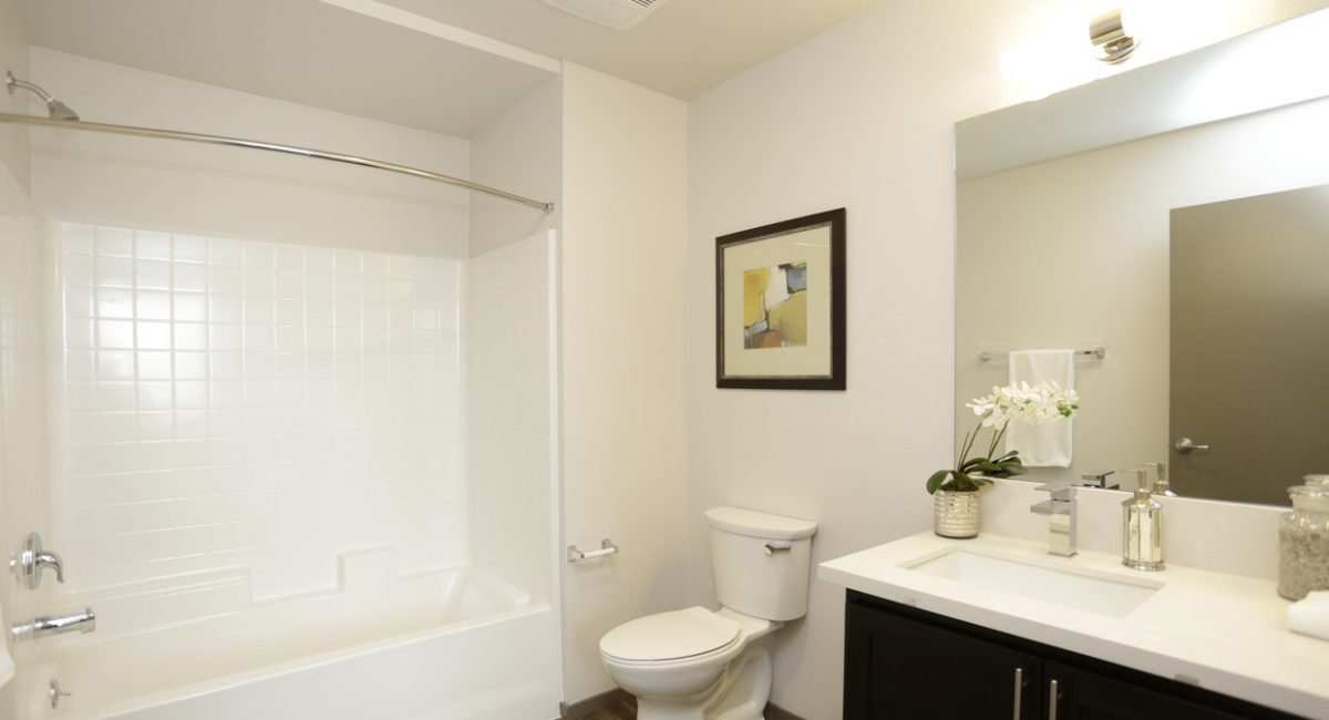 thirty-three-north-north-hills-ca-2br-2ba---1002-sf (15)
